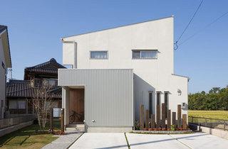 house32_01.jpg