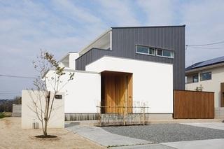 津寺の家.jpg